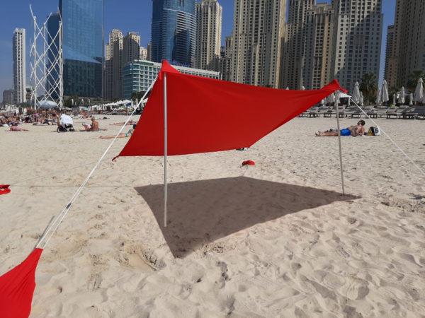 Пляжный тент от солнца красный
